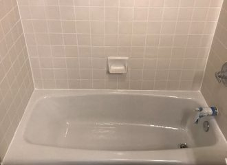 fiberglass bathtub refinishing cost